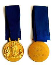 Medaglia Con Nastrino AVIS Biella 1941-1961 (Landi) Metallo Dorato