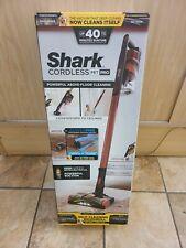 Shark Cordless Pet Pro IZ142 Cordless Vacuum Cleaner New