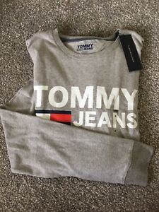 Tommy Hilfiger Gray Graphic Long Sleeve Shirt (M)