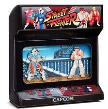 ITOH-NOA: CAPCOM Street Fighter Enamel Pin Diorama (Chun-Li and Ryu)