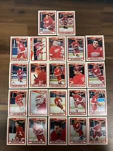 1990/91 OPC O-Pee-Chee Detroit Red Wings Team Set 22 Cards Steve Yzerman
