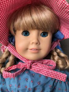 "American Girl Doll Kirsten 18""  Pre Mattel Beautiful  Plus Hospital Gown & Socks"