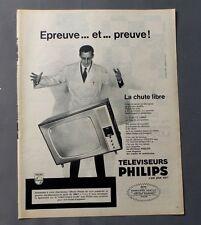 PUB PUBLICITE ANCIENNE ADVERT CLIPPING 310817/ TELEVISEURS PHILIPS LA CHUT LIBRE