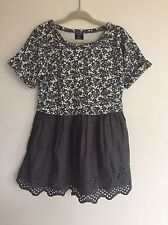 Baby Gap Girls Floral Eyelet Dress Gray White Pleated 3T Brand New NWT #D4