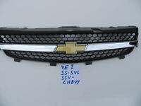 VE series 1 GENUINE CHEVY Chevrolet Grille SS SV6 SSV FRONT Grille & Badge SET