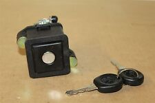 VW Passat 88-93 Saloon Boot lock & keys 357827571E New genuine VW part