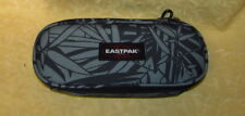 ASTUCCIO EASTPAK OVAL SINGLE colore LEAVES BLACK EK 71745T cod.20837