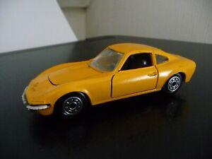Opel GT 1900 1/43 Norev gelb