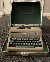 Vintage ROYAL Senior Companion Typewriter Hard Case Manual Portable Green Keys