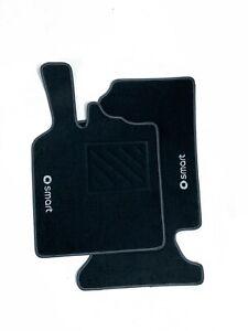 Tappetini Smart ForTwo W451 dal 2007 al 2014 2 ricami+clip+battitacco