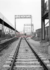 PHOTO  VIEW ALONG THE TRACK AT AVONMOUTH 1994
