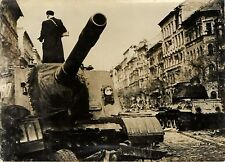 HUNGARY REVOLUTION MILITARY 1956 STREET SCENE FRENCH PRESS PHOTO IMAGE