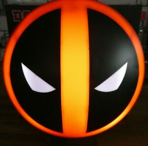 Superb Deadpool Mask Logo Mood Lamp USB or Wall Mounted