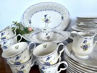 42PC Nikko BLUE PEONY Serving for 8 Dinnerware Set Floral Center Blue Dot Japan