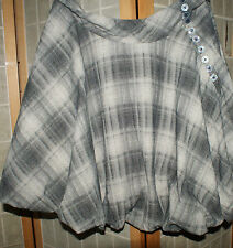 LUZ checkered skirt size L