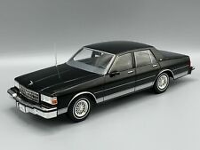 Chevrolet Caprice 1987 noir 1:18 MCG 18113 * New ***