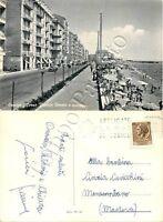 Cartolina di Savona, corso Vittorio Veneto e spiaggia - 1967