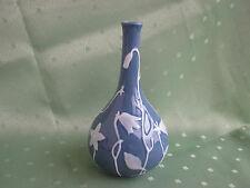 Schöne blaue Herend Vase mit vielen Wasserblumen