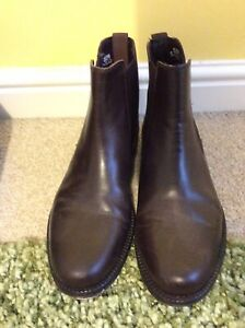 womens leather chelsea boots size 5