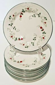 """Pfaltzgraff Winterberry EIGHT Dinner Plates 10-3/8"""" Green Holly Red White Berry"""