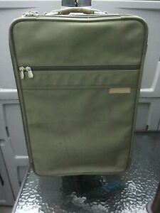 "Briggs & Riley Olive Ballistic 21"" Upright Wheeled Expandable Carry-On Luggage"