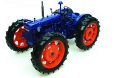 2616 Universal Hobbies Fordson E27N Roadless tractor 1:16 scale BOXED