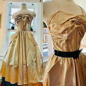 Vtg 50s 60s Pin Up Fit & Flair Shelf Bust Party Dress S 34 VLV Gold Satin 🔥