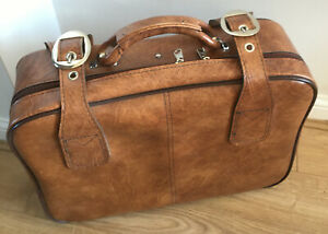 Vintage 1970-1980s Faux Leather Tan / Brown Suitcase With zip and buckles