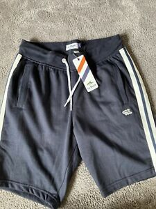 Mens Shorts By Le Shark Size Small New With Tags