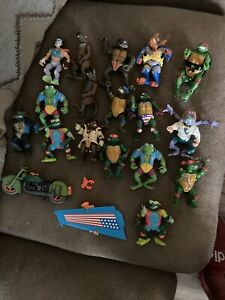 Vintage Teenage Mutant Ninja Turtles Figures Lot Of (20) Figures 1988-92