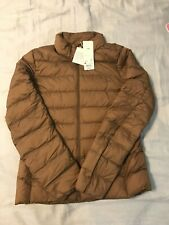 Size M Medium Uniqlo Women Light down jacket Light Brown or Beige