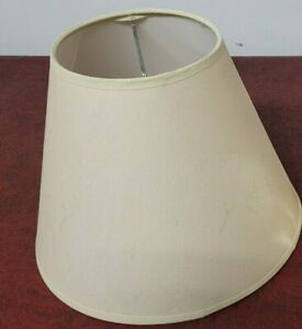 LAMP SHADE Clip-On Bulb Style light tan color  NEW