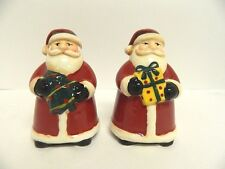 ONEIDA JOLLY SANTA SALT & PEPPER SHAKER SET