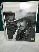TOM SELLECK AUTHENTIC AUTOGRAPH PHOTO FROM QUIGLEY