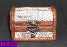 Mini kleine Schatztruhe Kiste 64 x 89 x 64mm Holz für USB-Stick, Schmuck... Neu