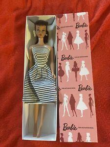 Beautiful Vintage Brunette Ponytail Barbie! No Green Orig Makeup
