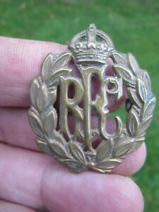 Original WW1 RFC Royal Flying Corp Brass Cap Badge Kings Crown Excellent