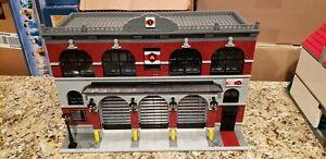 Lego City Custom Modular Historic/ Urban 3 Bay Fire Station