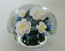 """Ltd Ed Rick Ayotte Camellias & Forget-Me-Nots Paperweight 1999 - <3 5/8""""(>9cms)"""