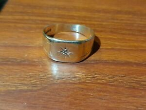 Victorian 9ct Yellow Gold Diamond Signet Ring Chester Hallmarked Incredible V