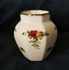 """1962 Royal Albert Old Country Roses Small Vase 4.25"""" Tall- England"""