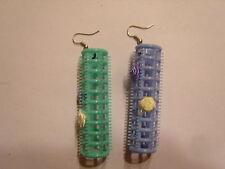 Ohrringe mit Lockenwickler grün und blau  für ausgefallen Anlässe Handgemacht