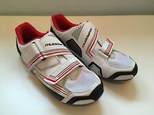 Road Cycle Shoes Mens Size 10.5 Muddyfox with road pedals and cleats