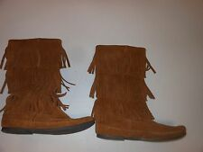 womens minnetonka boots size 9 brown suede moccasins