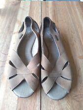 Womans skechers Open Toe Sandles size 7