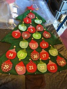 Heaven Sends Fabric Bauble Tree Advent Calendar. Large 8cm Treat Pockets - 114