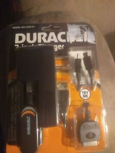 Duracell 3 In 1 Charger Iphone, Kindle, LG, Samsung, Droid, Ipad, Model DUR157