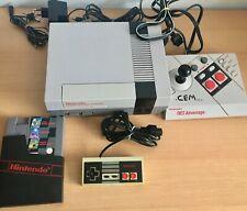 Original NES Konsole mit Spiel, Kabeln und Advantage Controller - Retro