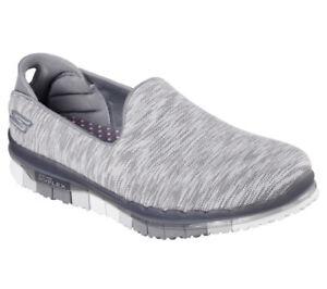 NEU SKECHERS Damen Fitness Sneakers Slipper Loafer Walking GO FLEX AGILITY Grau