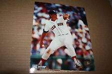 NEW YORK METS/RED SOX TOM SEAVER UNSIGNED 8X10 PHOTO POSE 1